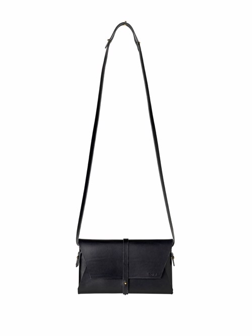 Handmade shoulder bag in black leather