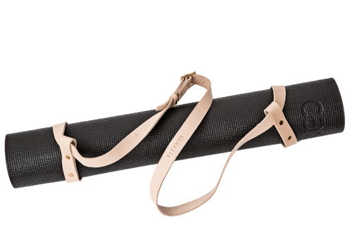Namastay mat strap  •<br /> Nature tanned leather with brass details